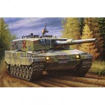 03103 Танк Леопард 2 А4, масштаб 1:72(клей и краски продаются отдельно) Revell